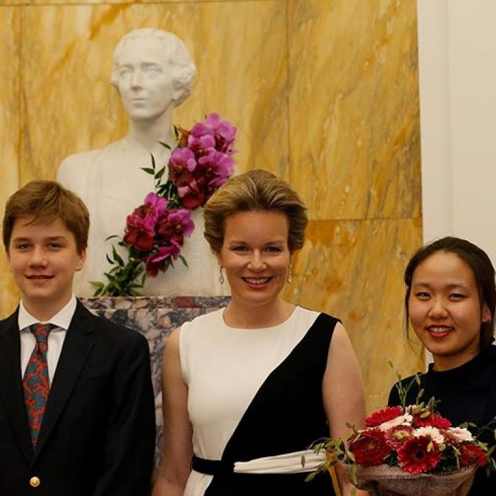 ⁣ ⁣ Proficiat aan de eerste laureate Stella Chen en aan alle kandidaten voor deze prachtige editie van de Koningin Elisabethwedstrijd - Viool 2019!⁣ —————⁣ Félicitations à la première lauréate, Stella Chen et à tous les candidats pour cette magnifique édition du Concours Reine Elisabeth - Violon 2019 !⁣ —————⁣ Congratulations to the first laureate Stella Chen and to all the candidates for this wonderful edition of the Queen Elisabeth Competition - Violin 2019!⁣ ⁣ @qeimcbelgium #BelgianRoyalPalace #MonarchieBe⁣ ⁣ 📸 Belga